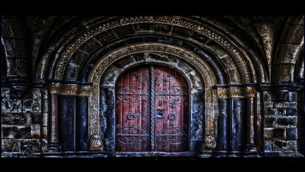 La noche del fin de los tiempos - Una novela de Raymond Gali - Portón Principal de la fortaleza Urk-Ubar